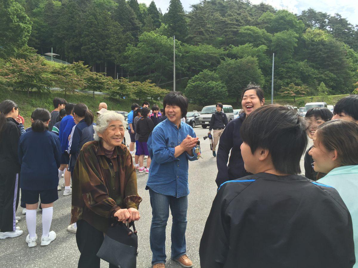 【修学旅行】 陸前高田市初の民泊修学旅行が岩手日報、東海新報に掲載されました。